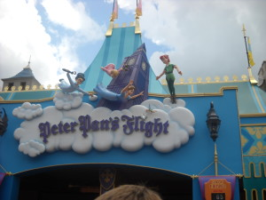 Peter Pan's Flight - note the wait time